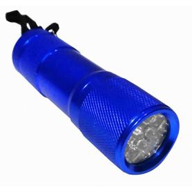 LINTERNA -Linterna 9-LED req/3-AAA Aluminio