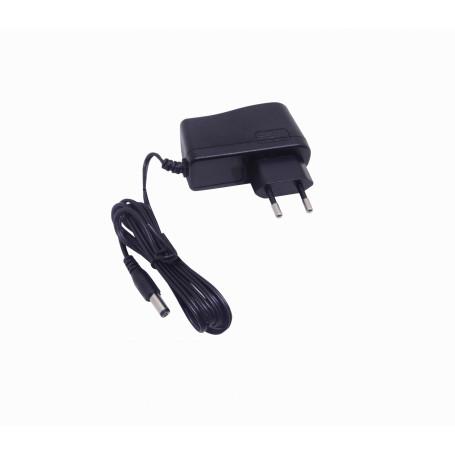 Transformador 24V Generico F24-W9 F24-W9 Fuente Poder 24VDC 0,38A 9W Interior Plug-5,5x2,1mm p/Mikrotik