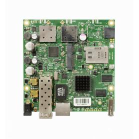 RB922UAGS-5HPACD -MIKROTIK SIM SFP MINIPCIE AC866 2-MMCX 1300MW 1-1000 L4 8-30V USB