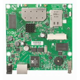 RB912UAG-5HPND -MIKROTIK L4 5GHZ 2X2 1-MINIPCIE 1-1000 2-MMCX USB 600MHZ 64MB SIMCARD