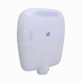 EP-R8 -UBIQUITI 6-1000-PoE24/54V 2-SFP-Combo Console-RJ45 USB Router Exterior